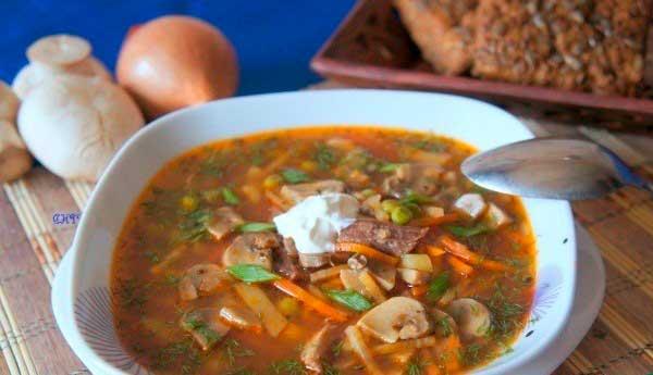 Суп с гречкой и свининой