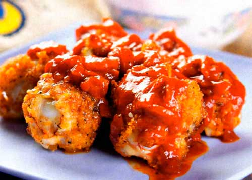 Грудки с сыром фета и томатным соусом