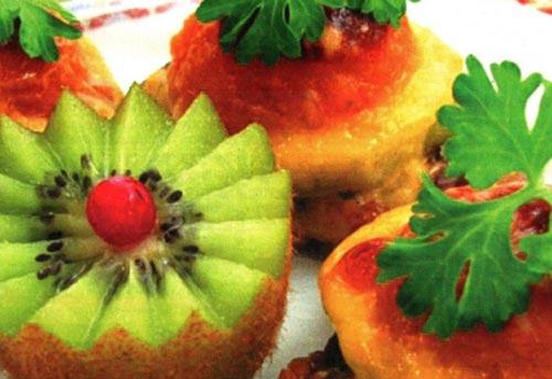 Говядина жаренная с киви и абрикосами