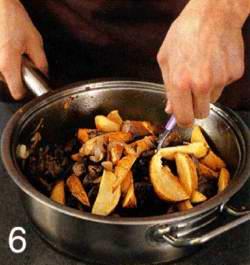 Рагу из печенки с картофельными дольками