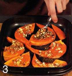Орехи нарезать ножом масло